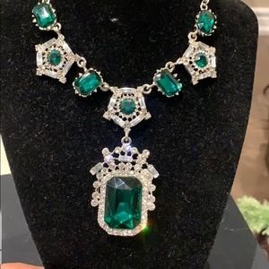 Jewelry - Royal green necklace